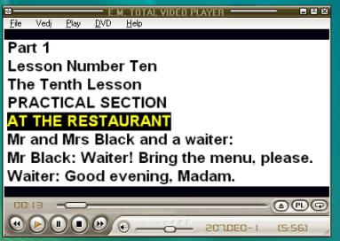 Ritaglio schermo che mostra le lezioni del corso 20 ORE in formato karaoke per una più facile comprensione della pronuncia e del rapporto discontinuo esistente tra pronuncia e modo di rappresentarla nella lingua inglese